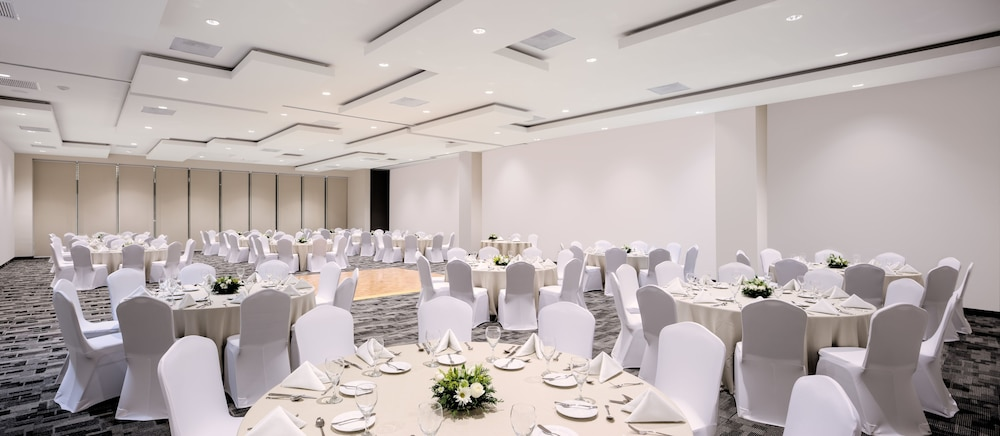 Banquet Hall, Real Inn Cancun