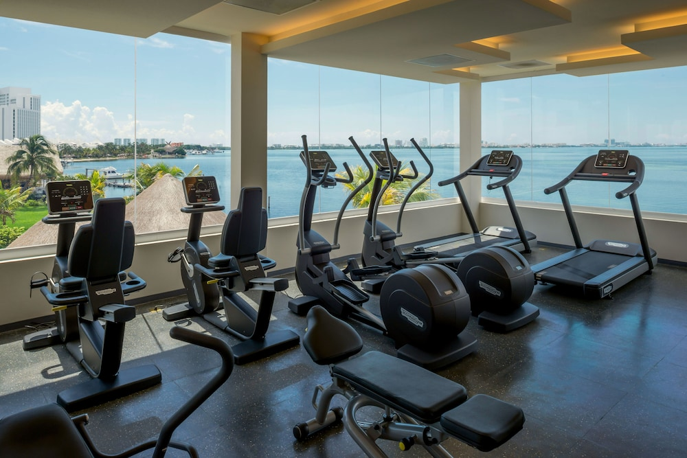 Gym, Real Inn Cancun