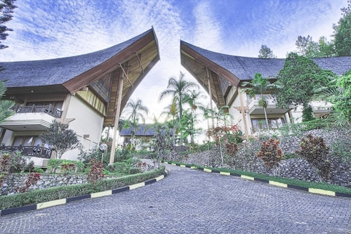 Cheapest Flights to Toraja (TTR) | Airfares to Toraja from