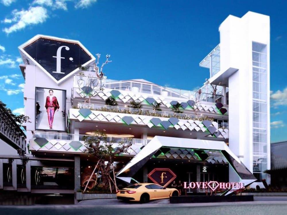 Fashion hotel legian deals reviews bali idn wotif for Hotels in legian bali