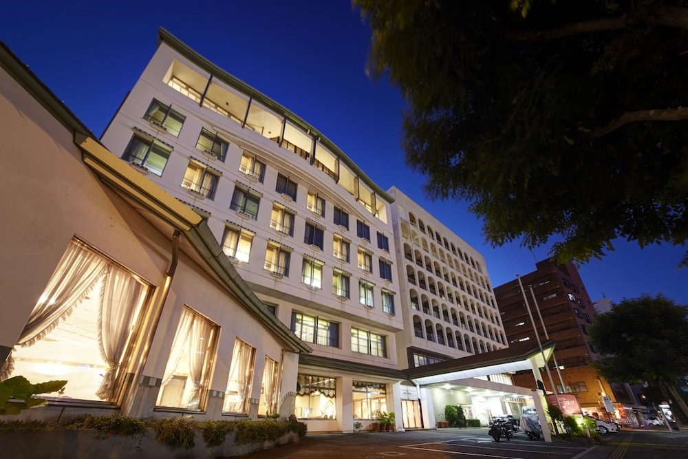 Front of Property - Evening/Night, Hotel New Tsuruta