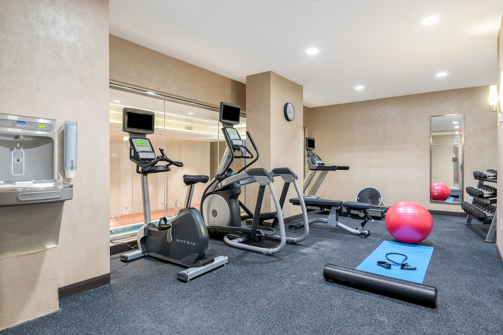 Fitness Facility, Holiday Inn Brooklyn Downtown