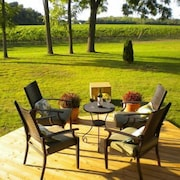 Vineyard Villa Bed & Breakfast