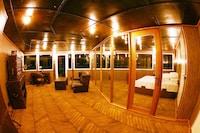 Vintage Luxury Yacht Hotel (23 of 34)