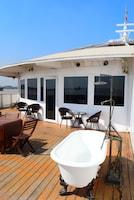 Vintage Luxury Yacht Hotel (34 of 34)