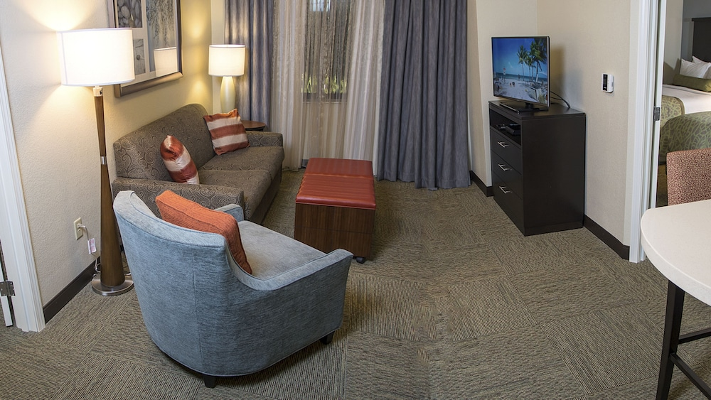 Room, Staybridge Suites Lexington, an IHG Hotel