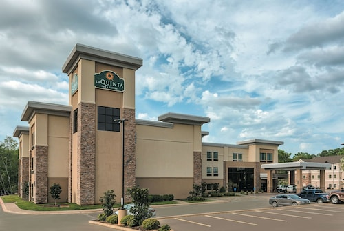 La Quinta Inn & Suites by Wyndham Tyler - University Area
