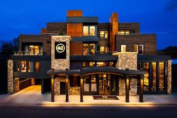 120 North Glenwood Street, Jackson, Wyoming, United States.