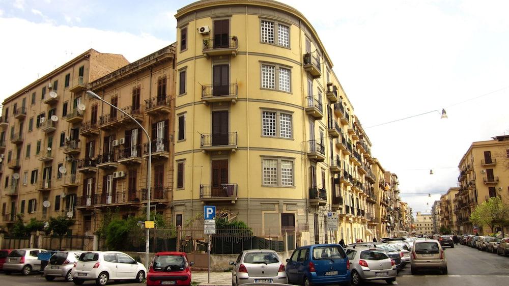 Maison du monde province de palerme italie for Maison du monde 57 avenue d italie