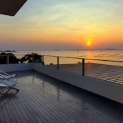 Balcony Seaside Si Racha Hotel & Serviced Apartments