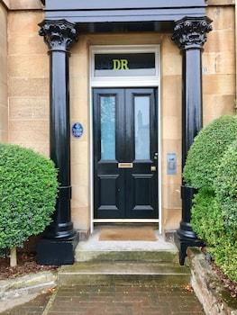 94 Dalkeith Road, Edinburgh EH6 5AF, Scotland.