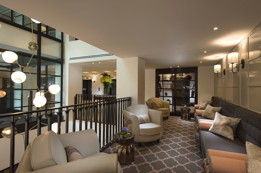 Lobby, Mayfair Hotel