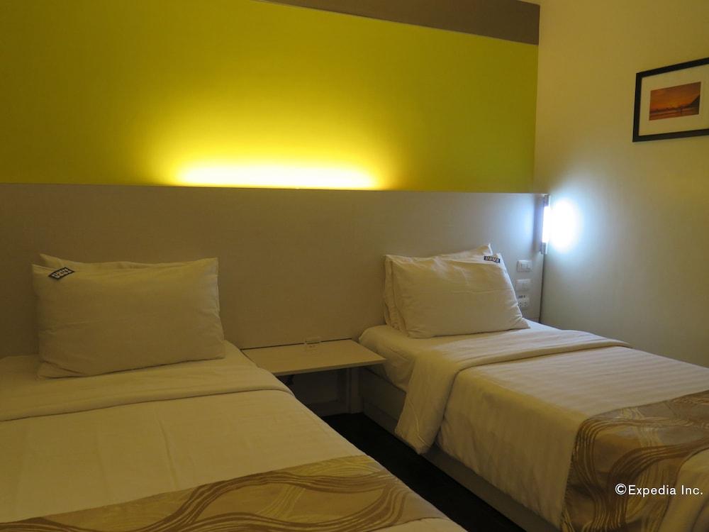 Pillows Hotels