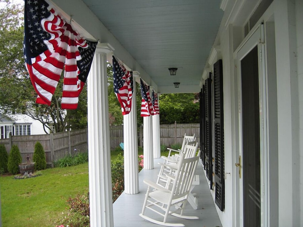 Porch, Liberty Hill Inn