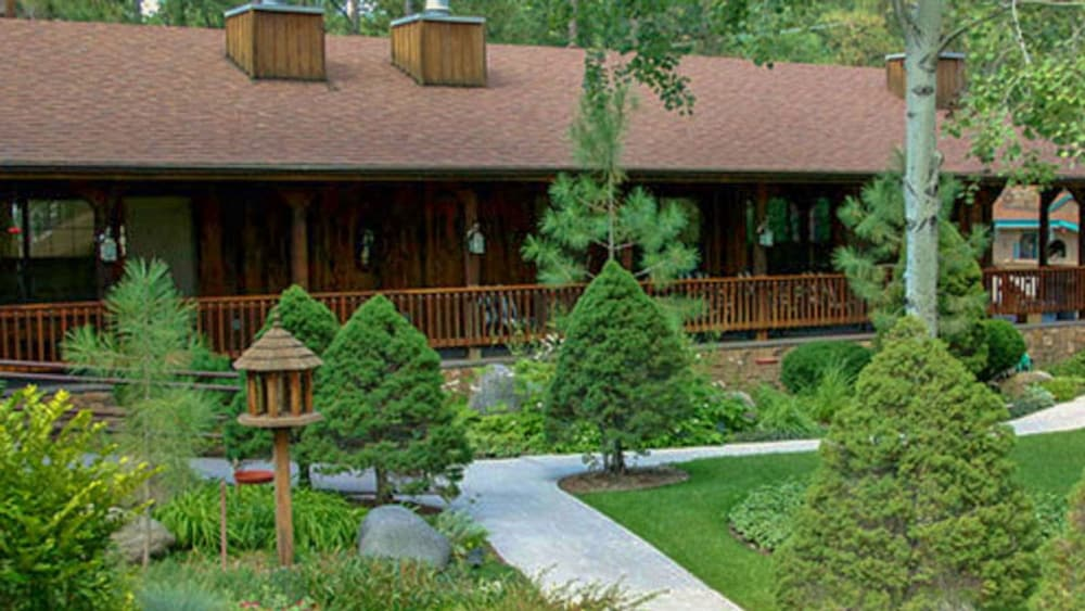Property Grounds, Shadow Mountain Lodge and Cabins