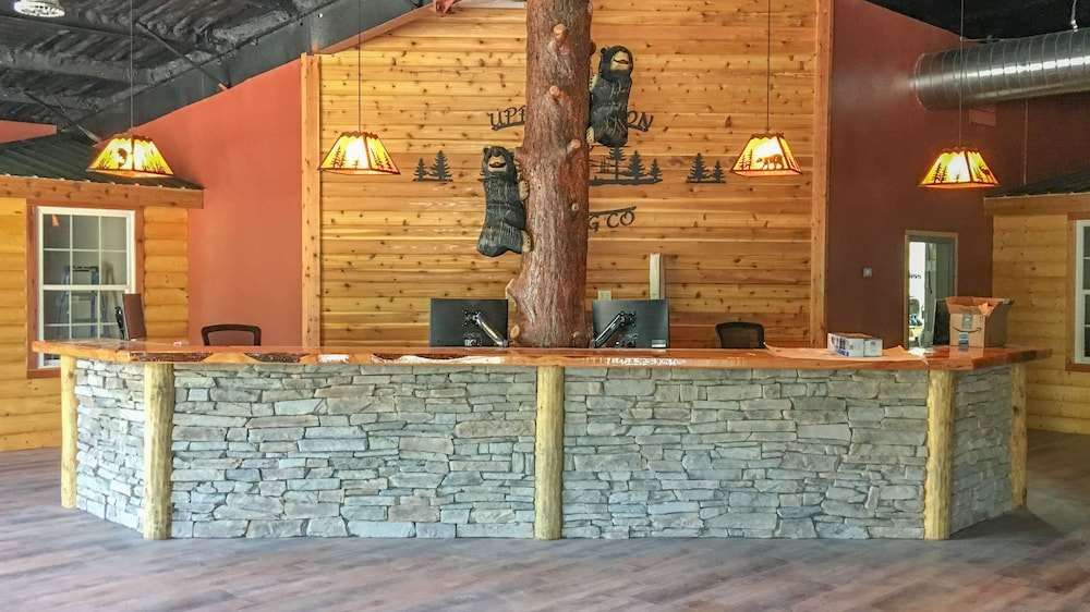 Reception, Shadow Mountain Lodge and Cabins