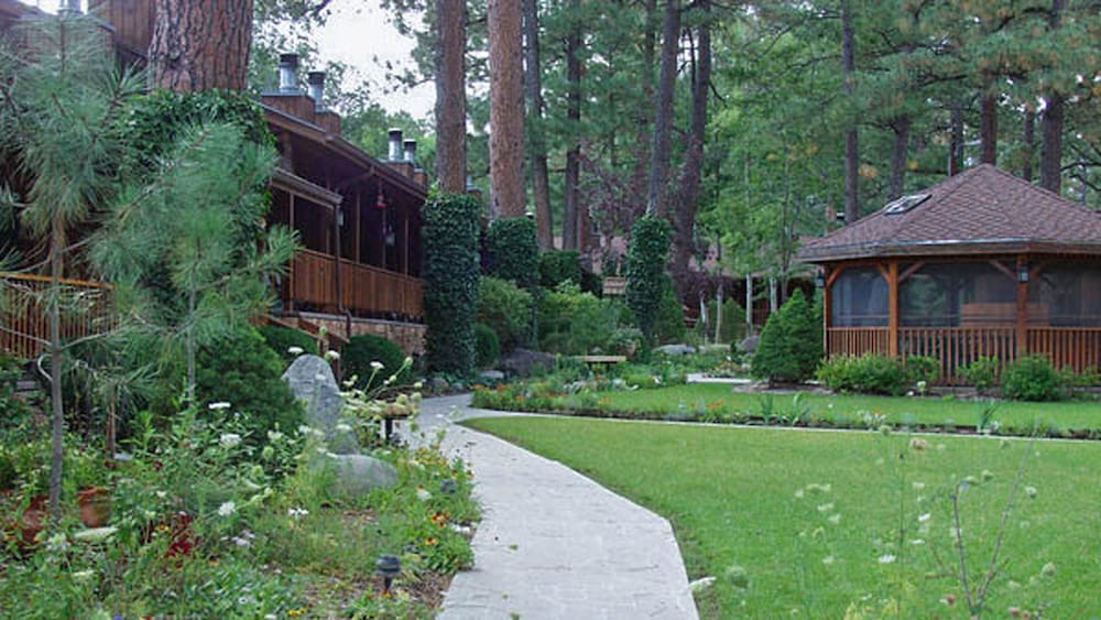 Garden, Shadow Mountain Lodge and Cabins
