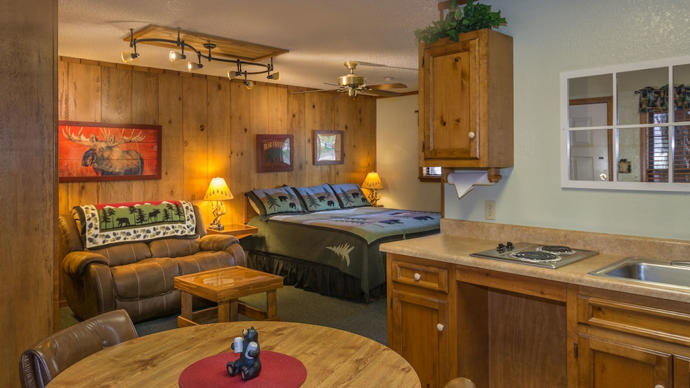 Room, Shadow Mountain Lodge and Cabins