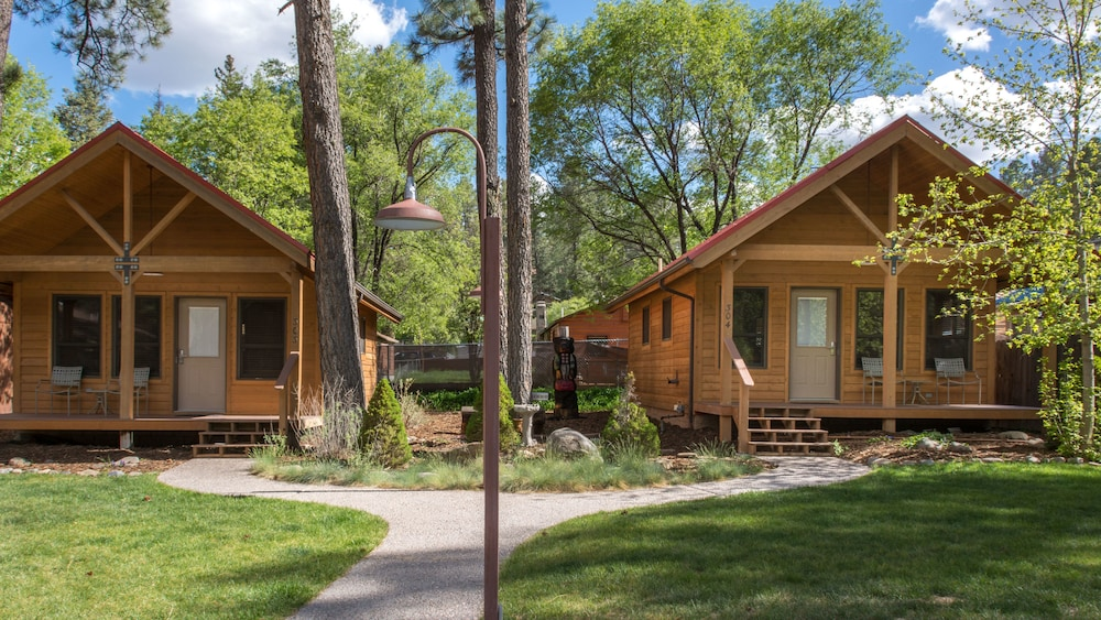 Exterior, Shadow Mountain Lodge and Cabins
