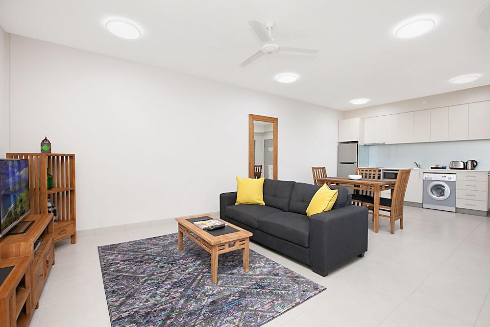 ramada suites by wyndham zen quarter darwin deals. Black Bedroom Furniture Sets. Home Design Ideas