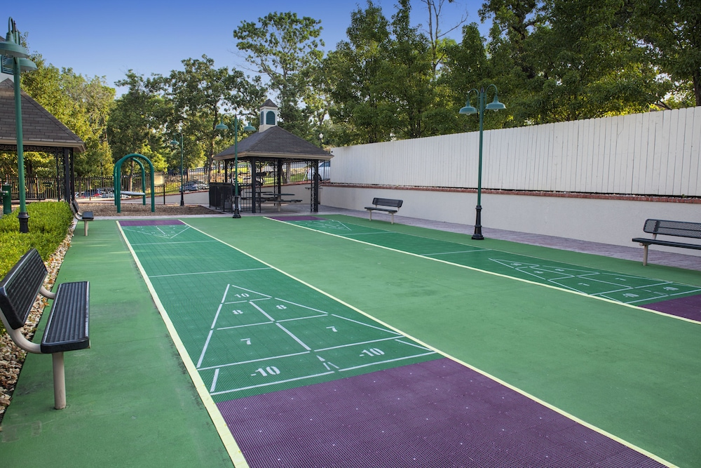 Sport Court, French Quarter Resort by Spinnaker Resorts