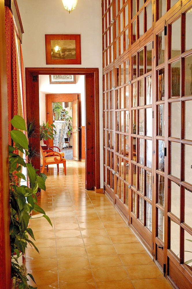 Interior Entrance, Hotel Sa Baronia