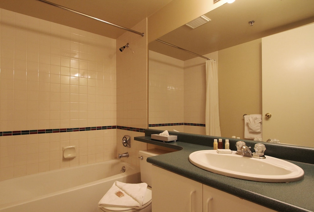 Bathroom, Marketplace Lodge by Whistler Retreats