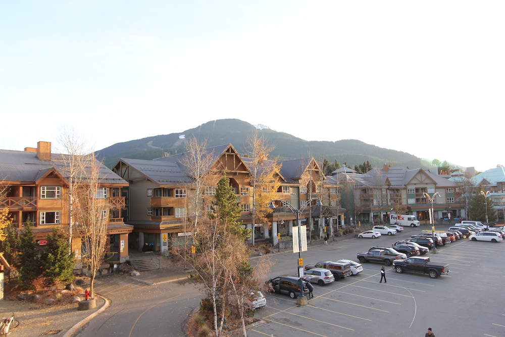 Exterior, Marketplace Lodge by Whistler Retreats