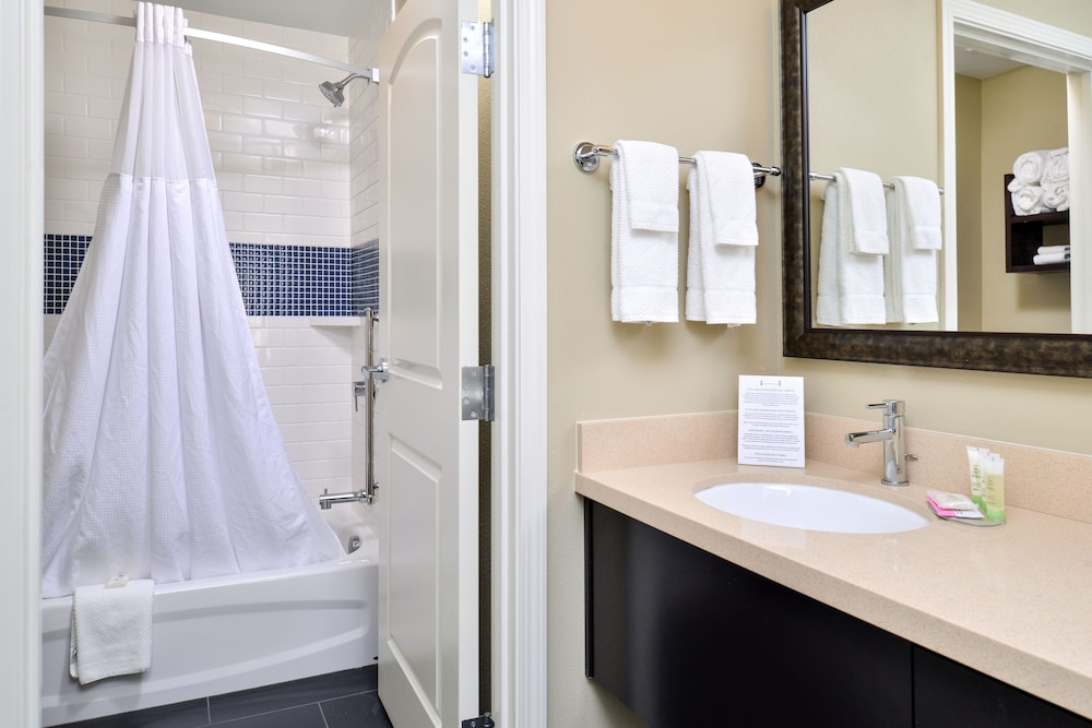 Bathroom, Staybridge Suites Rochester - Commerce Dr NW