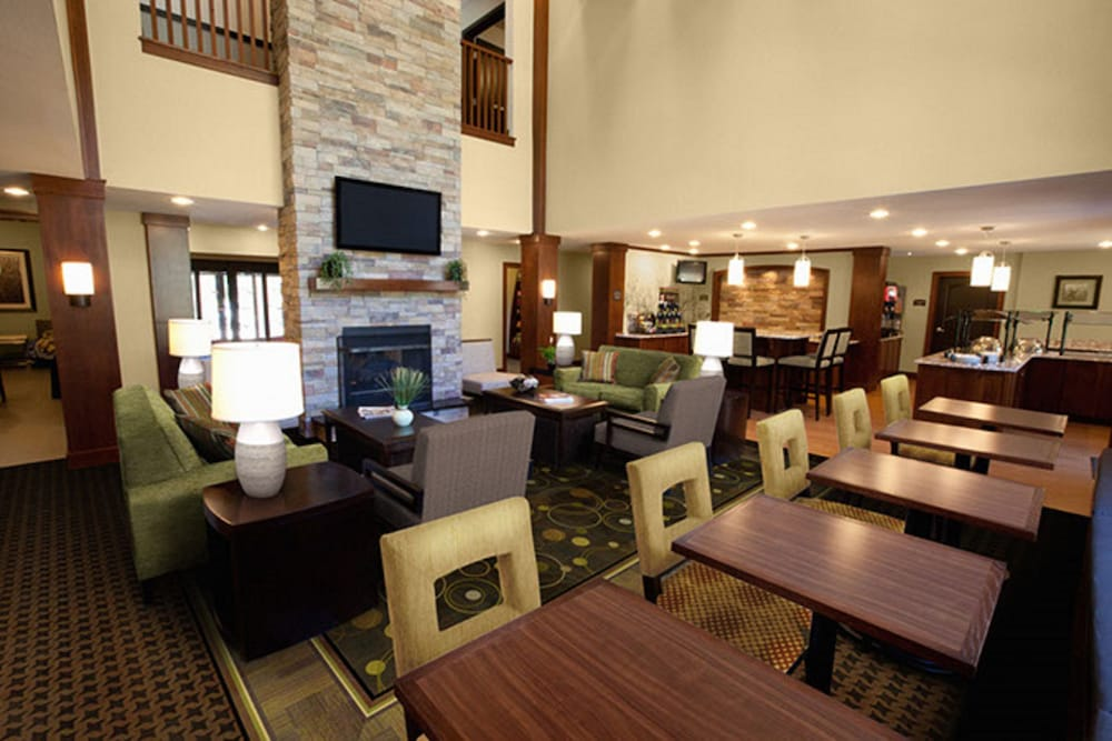 Lobby, Staybridge Suites Rochester - Commerce Dr NW