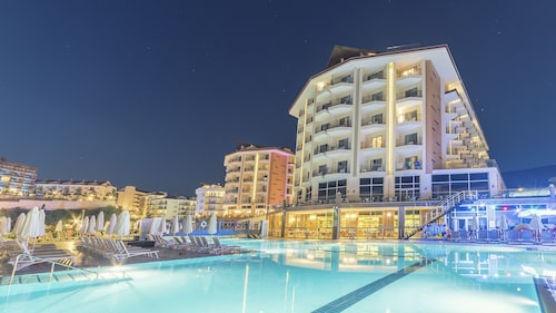 Ramada Resort by Wyndham Kusadasi