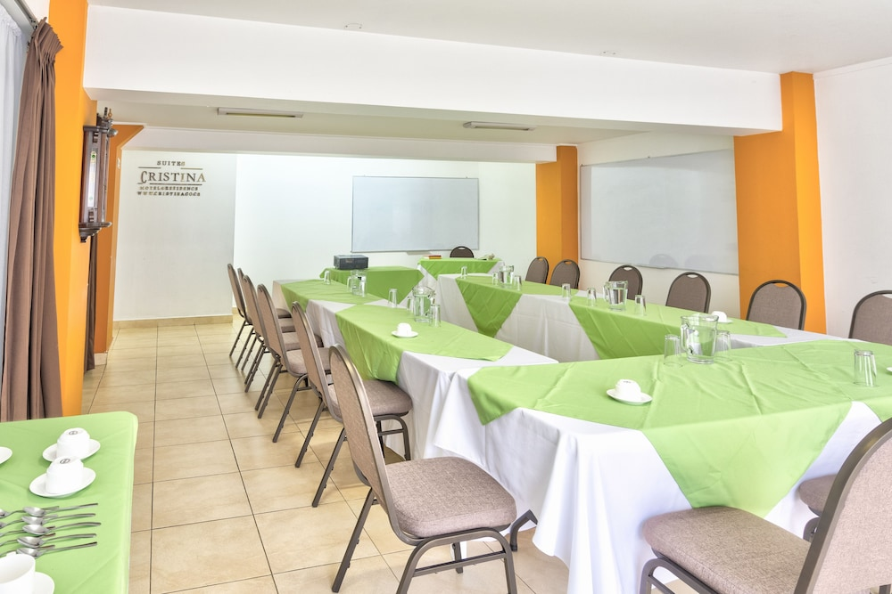 Meeting Facility, Hotel Suites Cristina