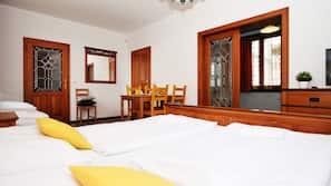 2 soveværelser, skrivebord, gratis Wi-Fi, sengetøj