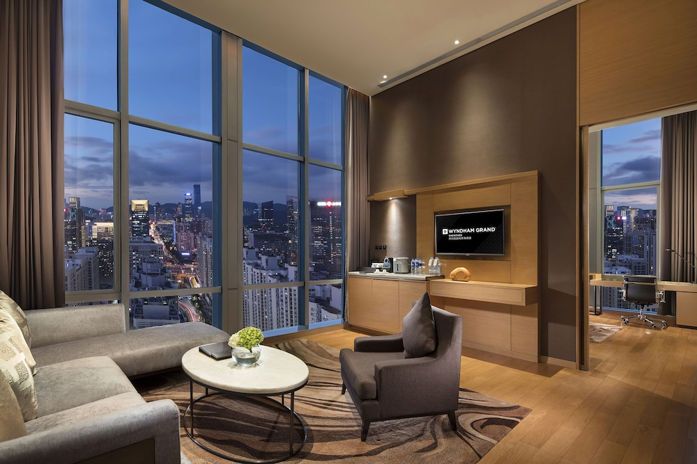 Living Area, Wyndham Grand Shenzhen