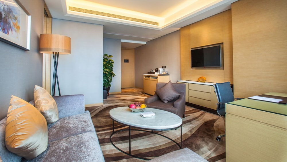 Room, Wyndham Grand Shenzhen