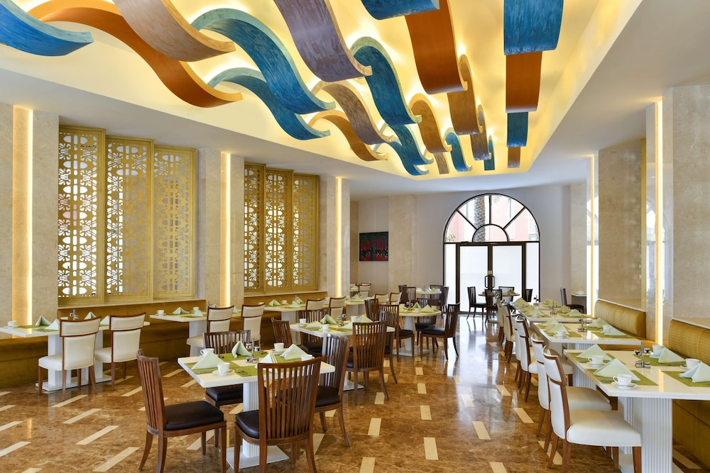 Breakfast Area, Marsa Malaz Kempinski, The Pearl - Doha