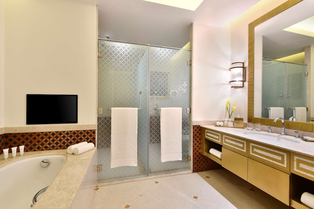 Bathroom, Marsa Malaz Kempinski, The Pearl - Doha
