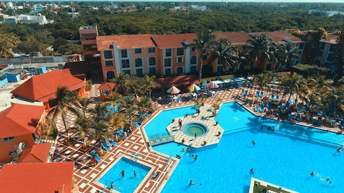 Cozumel Hotel & Resort Trademark Collection by Wyndham All Inclusive