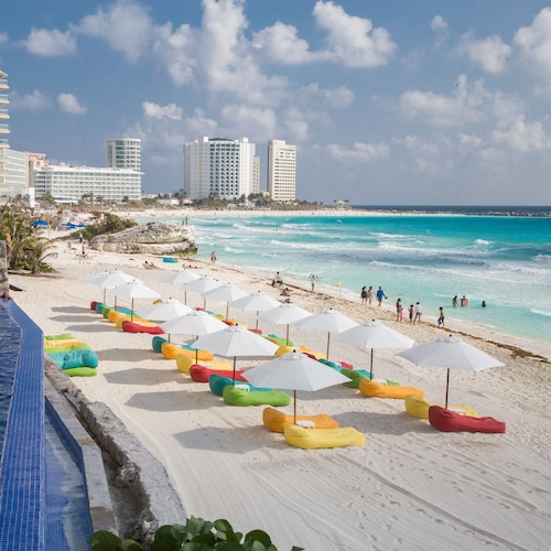 Ocean Dream Cancun by GuruHotel