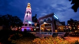 The Lighthouse Marina Resort - Olongapo Hotels