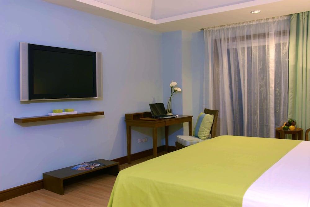 The Lighthouse Marina Resort Room Rates