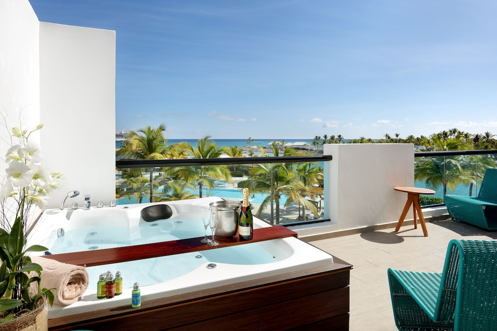Private Spa Tub, TRS Cap Cana Hotel - Adults Only - All Inclusive