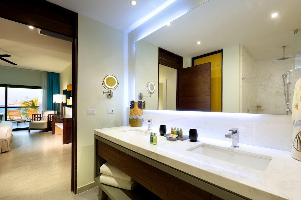 Bathroom, TRS Cap Cana Hotel - Adults Only - All Inclusive