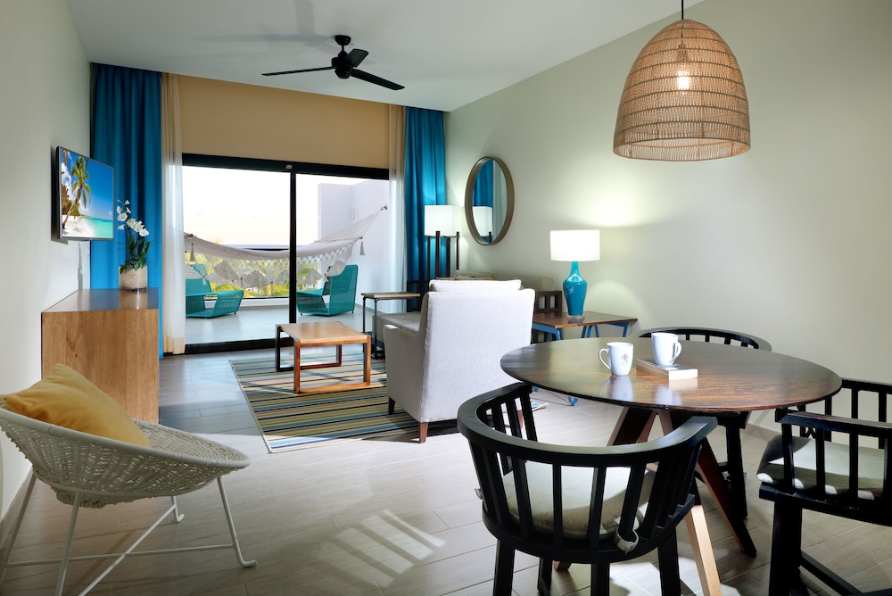 In-Room Dining, TRS Cap Cana Hotel - Adults Only - All Inclusive