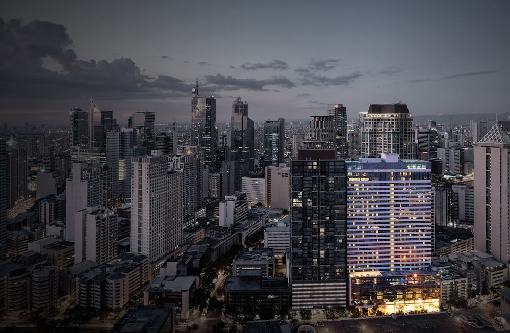 Front of Property - Evening/Night, Makati Diamond Residences
