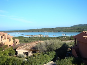 Residence Baia de Bahas Exclusive Resort