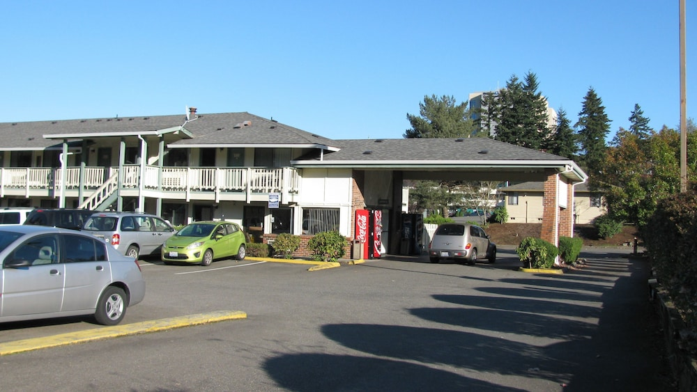 Parking, Motel Puyallup