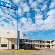 Motel 6 Blythe South