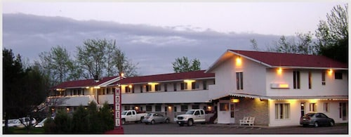 Great Place to stay Voyageur Motel near Thunder Bay