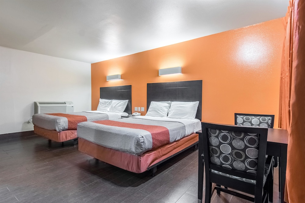 Room, Motel 6 Orange, CA - Anaheim